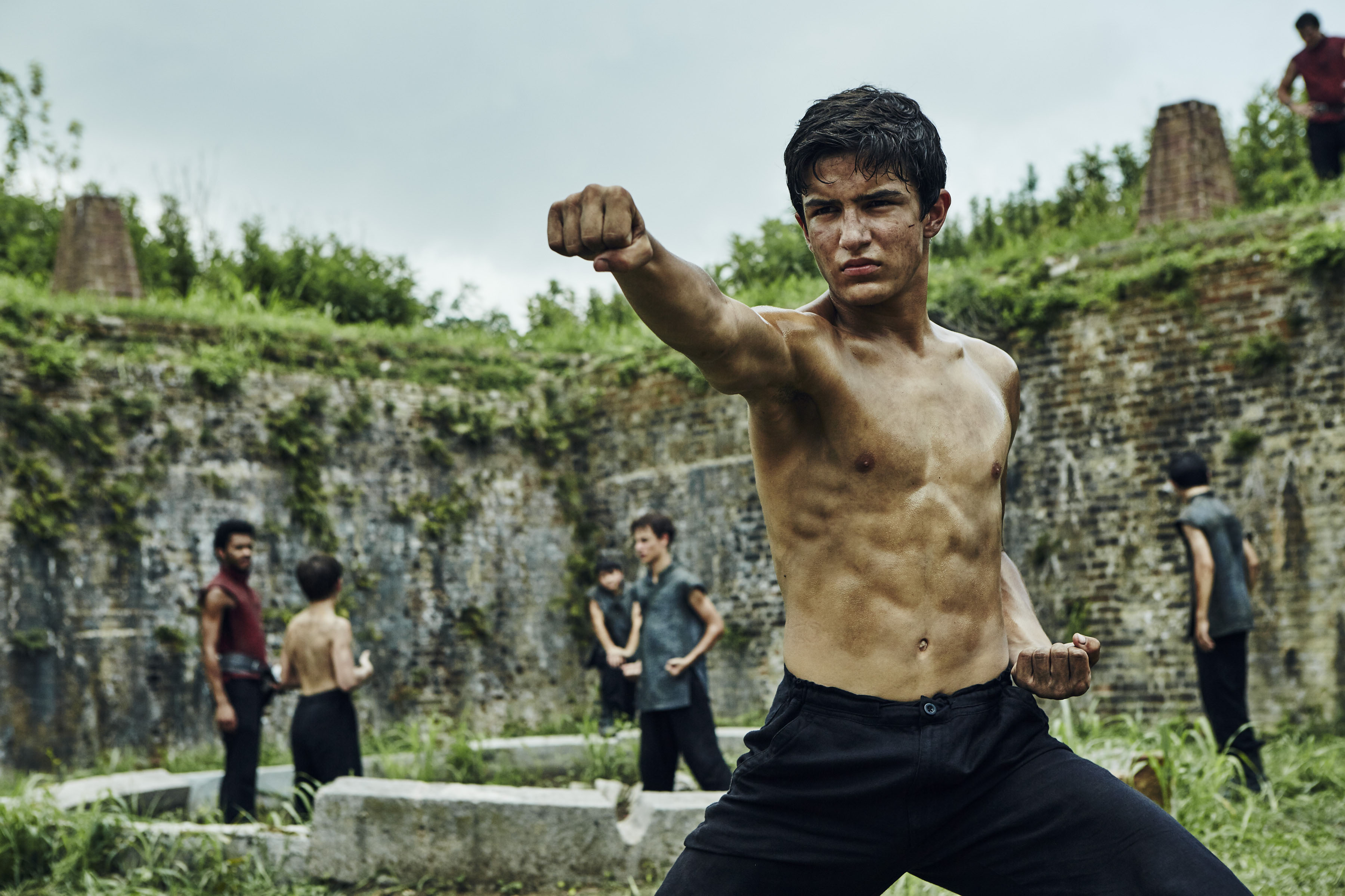 Aramis Knight Talks Up Into The Badlands Winter Finale