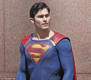 tyler-hoechlin-as-superman